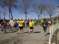 Runners finishing