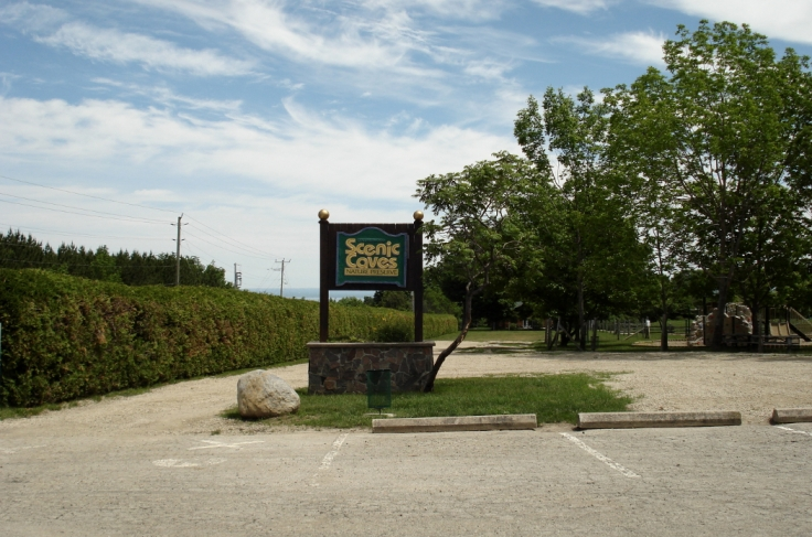 scenic caves entrance